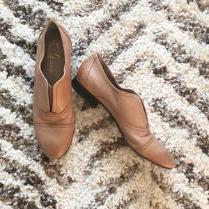 Franco Sarto Andes Leather Oxford Tan Flats
